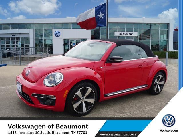 Pre-Owned 2016 Volkswagen Beetle Convertible 2.0T R-Line SE