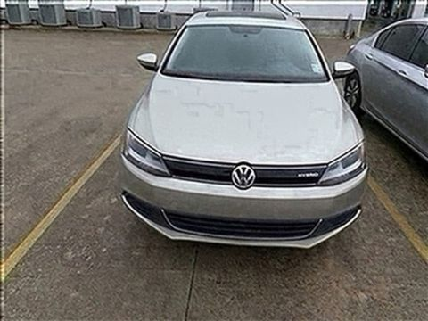 Pre-Owned 2014 Volkswagen Jetta Sedan Hybrid SEL